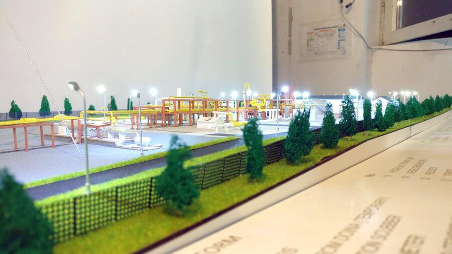 Scale Model Oil Platform