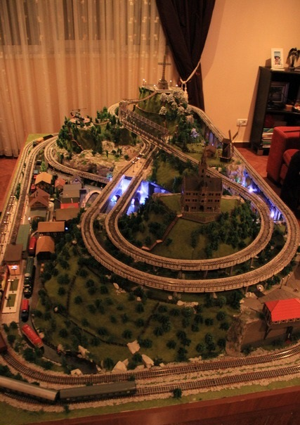Awesome HO Scale Model Trains and Railroad
