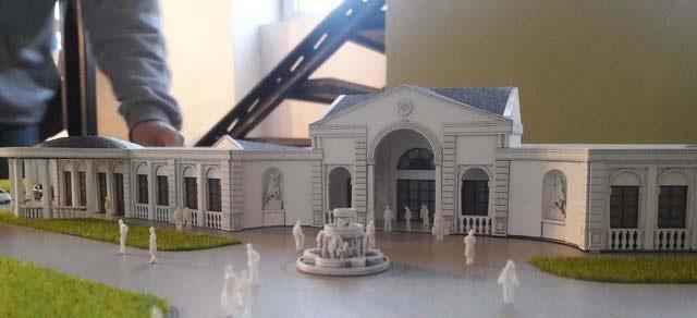 Colonial Building Model