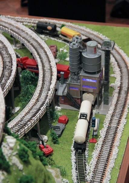 Model Railroad Layout in HO Scale