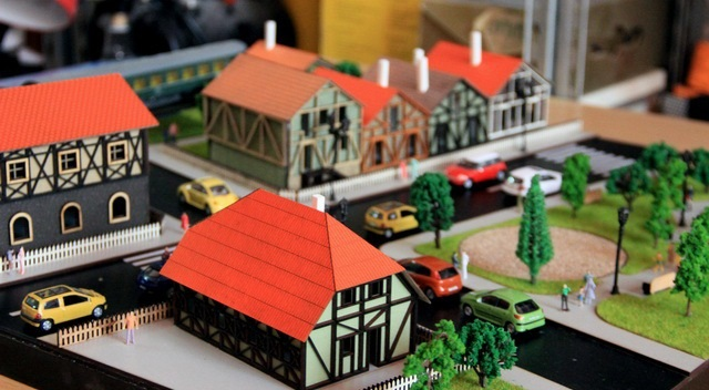 Houses and a Park Model