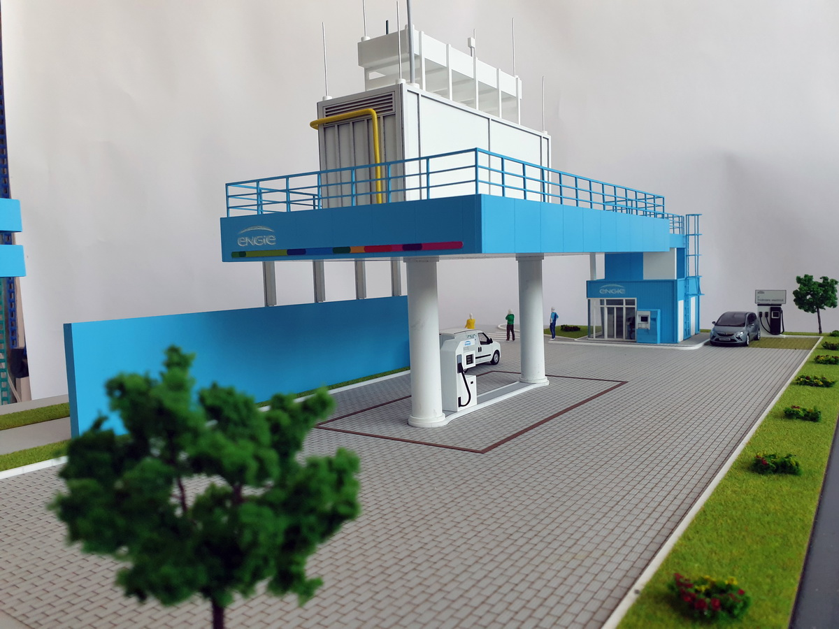 gas station scale model